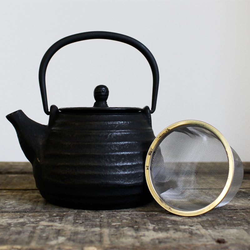 Small japanese style teapot eteaket - Japanese teapot with infuser ...
