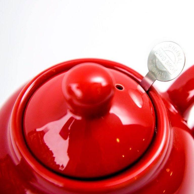 web-optimised-eteaket-tea-pot-red1