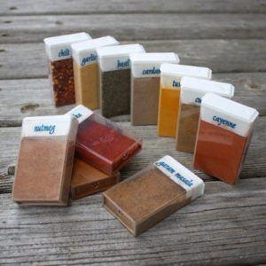Picnic spices handy storage idea