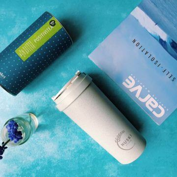 Positivitea and Huski flask gift set