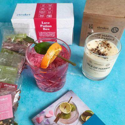 love-potion-box-harris-gin-tea-candle
