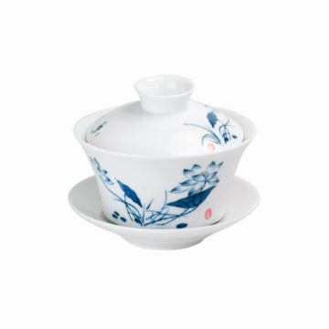 Zahra Porcelain Gaiwan with delicate floral decoration